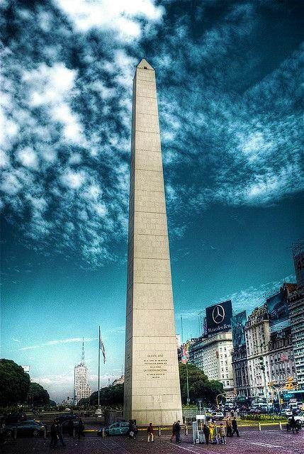 essential-1-Obelisco