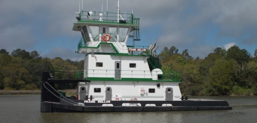 Master Marine delivers second of two 20-metre towboats to Missouri operator