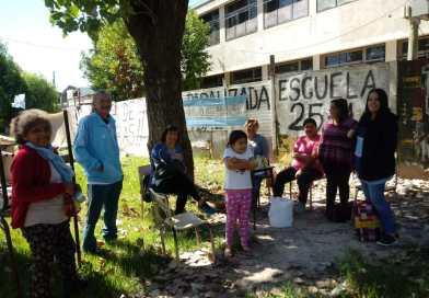 Tigre: acampe y olla popular contra el cierre de escuelas