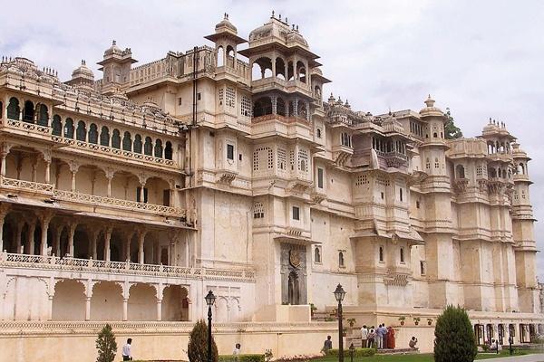 المدينة الوردية جايبور والفن المعماري بالهند