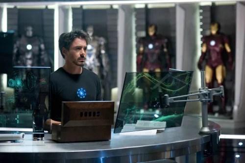 Tony Stark em cena de Homem de Ferro 2
