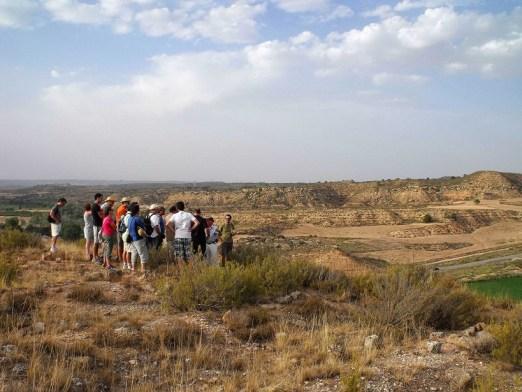 Visita de la asociación B.A.P. al área de El Vado (Caspe) en el verano de 2012.