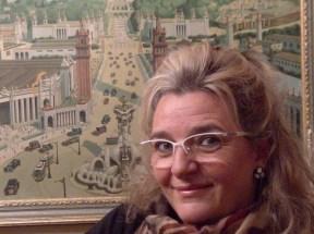 """""""El cuadro de detrás , lo herede de mi abuela Josefina , lo compro su padre que era recadero , Martín Peralta , en un viaje a Barcelona  en la exposición universal de 1929 """""""