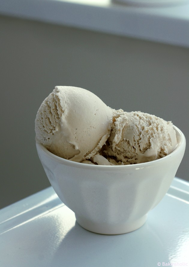 Vegan Coffee Ice Cream by Bakeaholic.ca