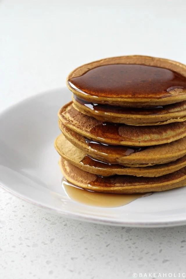 Pumpkin Spice Blender Pancakes - Bakeaholic.ca