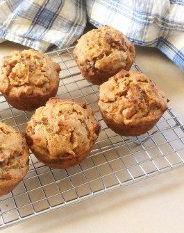 whole wheat carrot and date spice muffins
