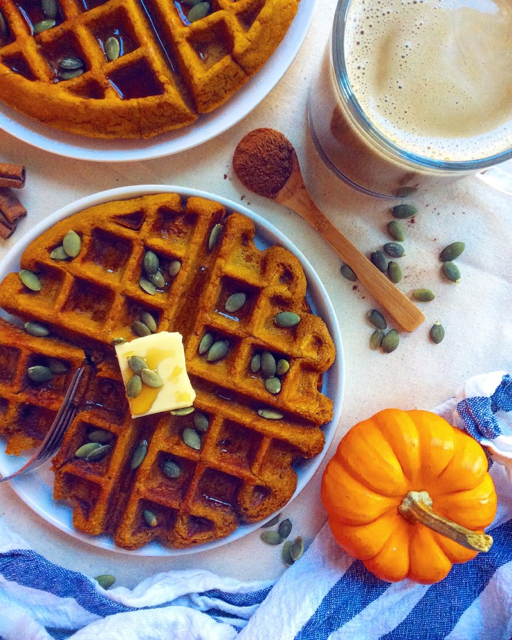 Fluffy Whole Wheat Pumpkin Waffles