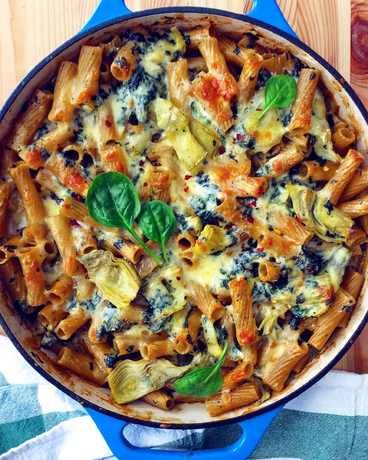 Cheesy Spinach and Artichoke Baked Pasta
