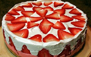 No Bake Strawberry Cream Pie Recipe