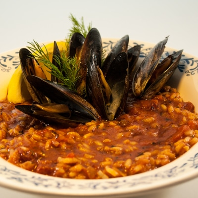 Chorizo Mussels, www.bakeitwithlove.com