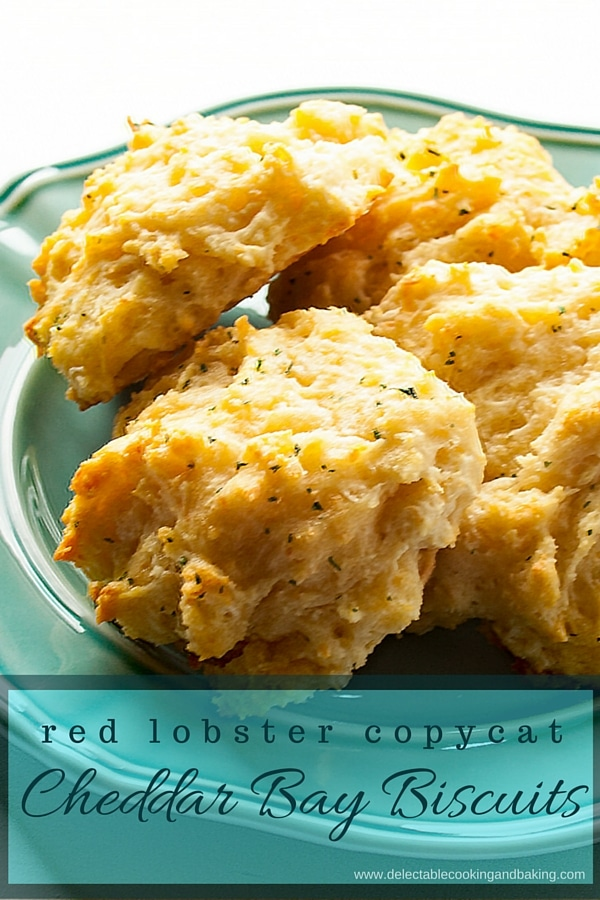 Red Lobster Cheddar Bay Biscuits copycat recipe, www.bakeitwithlove.com