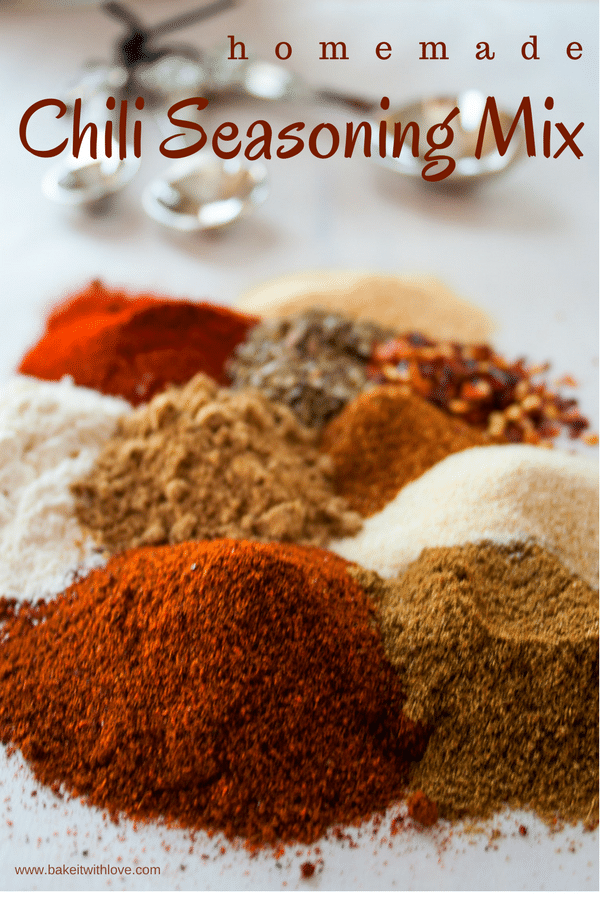Homemade Chili Seasoning Mix at Bake It With Love, www.bakeitwithlove.com