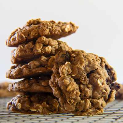 Oatmeal Molasses Raisin Cookies