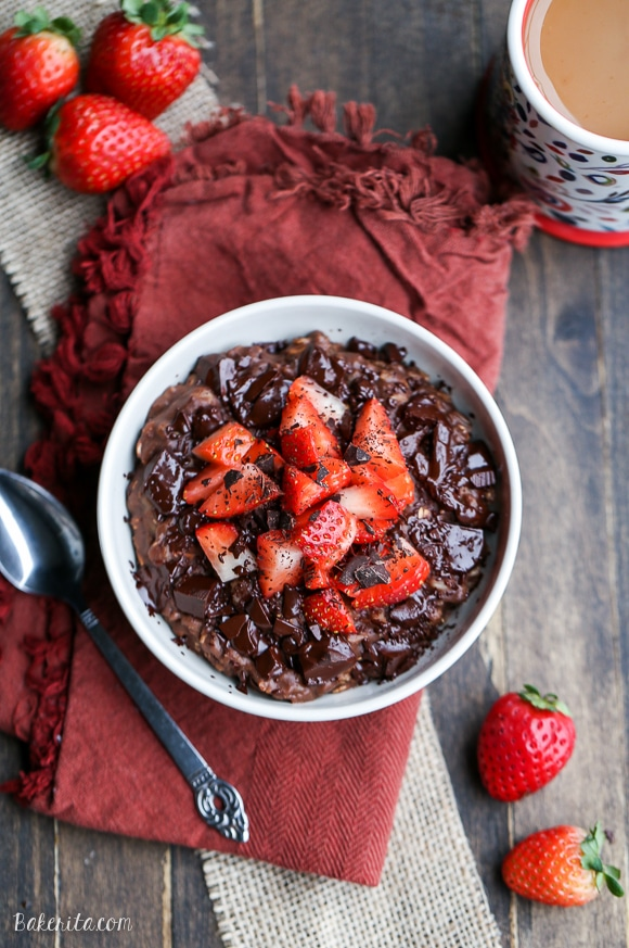 8 Vegan Oatmeal Delights That Will Make Your Day-