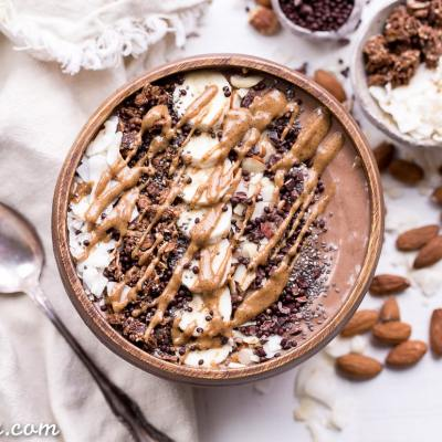 Almond Chocolate Coconut Smoothie Bowl (Gluten Free + Vegan)