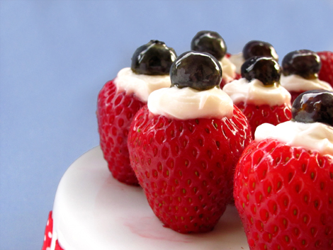 4th of July Creme-Filled-Strawberries Red white and blue dessert