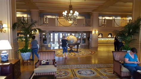 Front lobby of Yacht Club