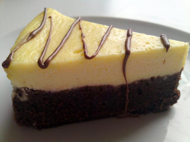Brownie Base Cheesecake