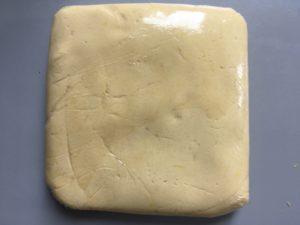 Lemon meringue tart - Sugar dough ready