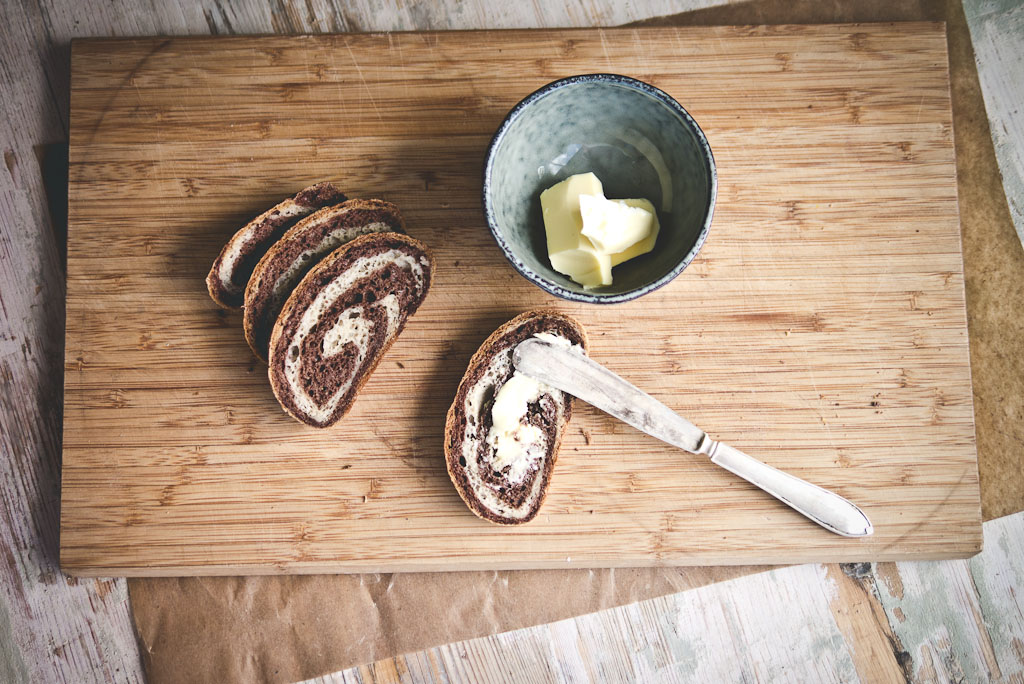 gluten free marble rye bread-2