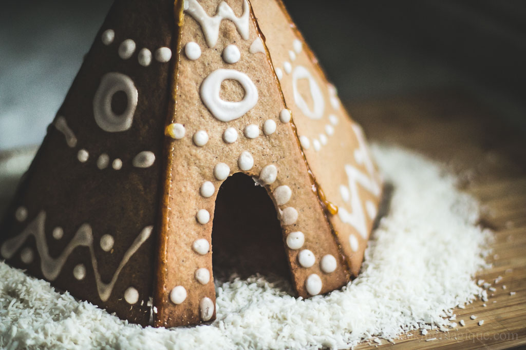 gingerbread house tipi-5
