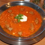 Tomatensoep met verstopte groenten