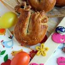Paashaantjes van brood, brood zelf bakken, paashaantjes van brood zelf bakken, palmpasenstok, palmzondag, palmpasen, zelf paashaantjes bakken