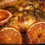 Kip met bloedsinaasappel uit de oven