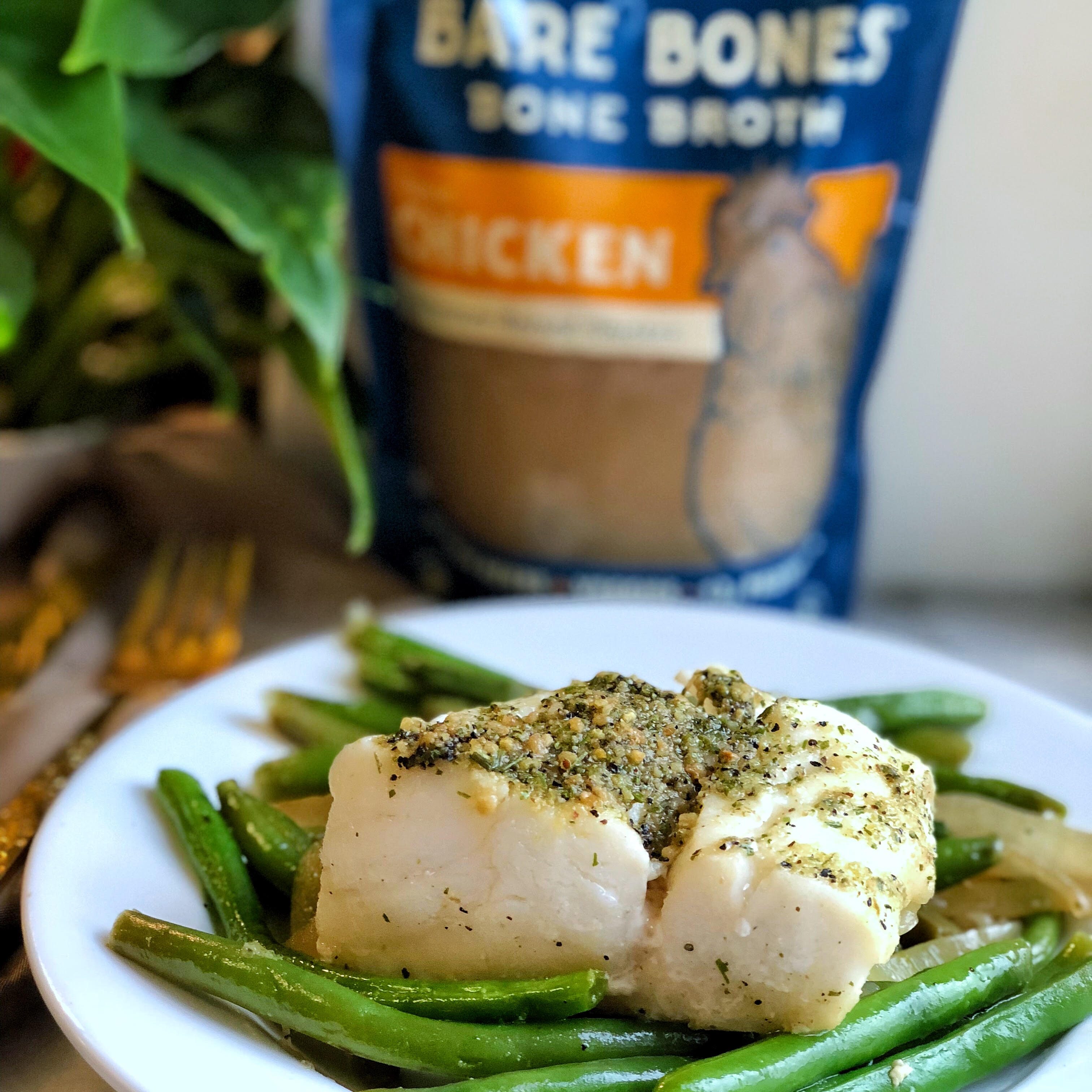Whole30 Bone Broth Poached Cod