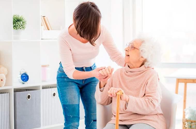 El futuro del cuidado de las personas mayores a domicilio