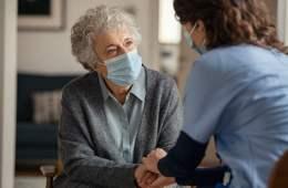 El cuidado a las personas mayores en sus domicilios