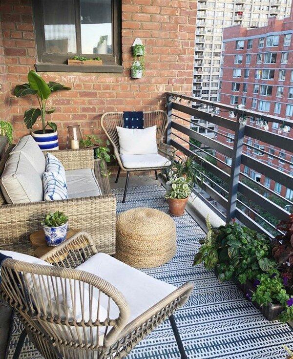 comfy balcony ideas for small apartment