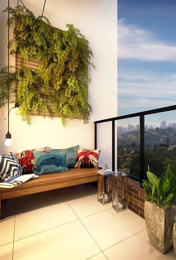 Vertical Garden Design On Balcony Wall Unique Balcony Garden Decoration And Easy Diy Ideas