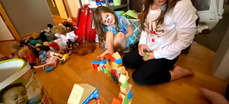 Kids Building Forts