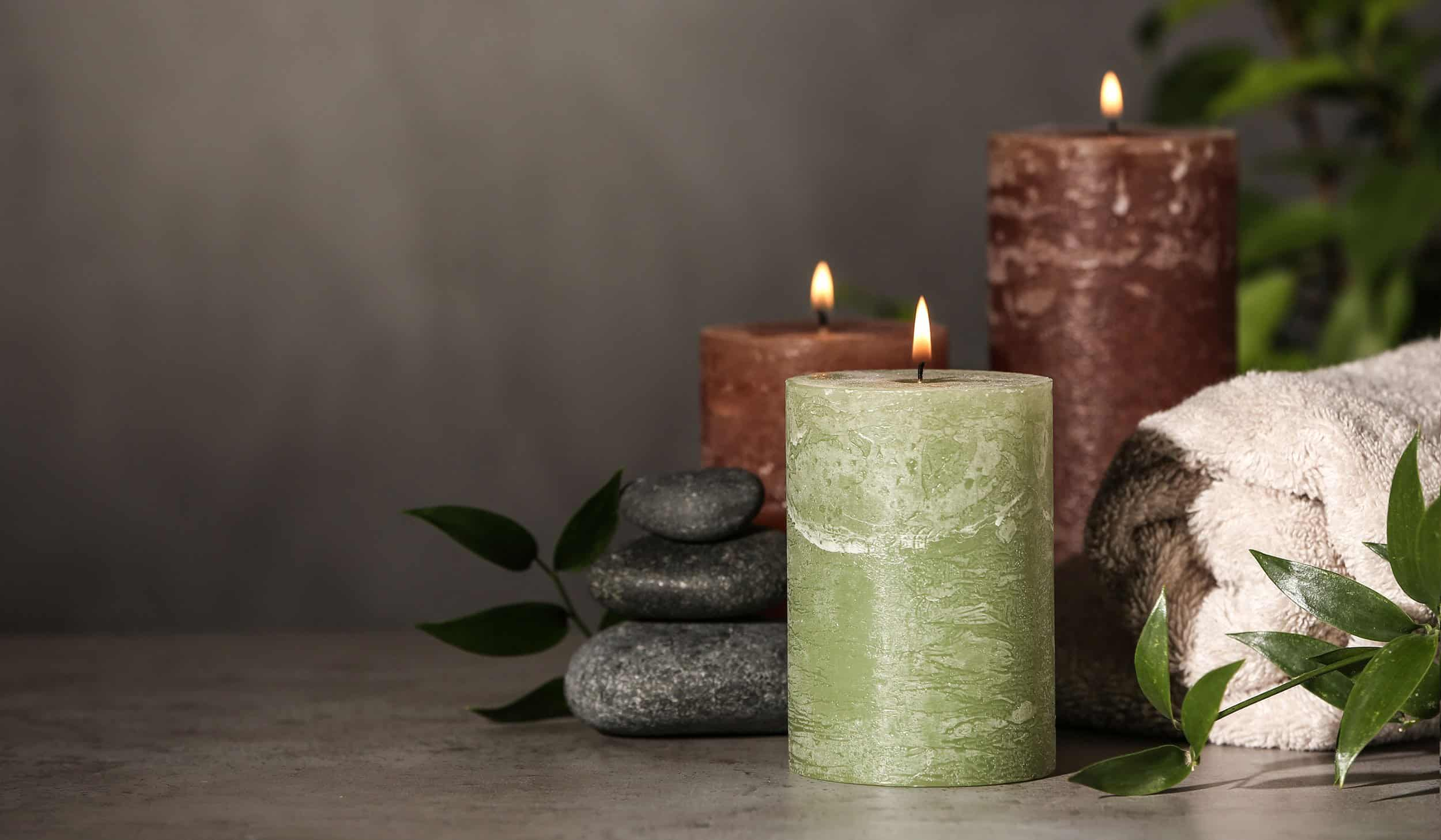 12 Best Scented Candles For Men That Smell Amazing 2020
