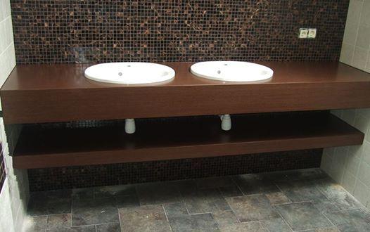 vonios stalas