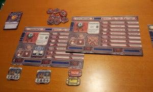 Nel gioco classico è possibile su alcuni pianeti cambiare interamente velivolo: oltre a quello base ce ne sono altri 3 disponibili (due schede fronte e retro, come mostrato in figura)
