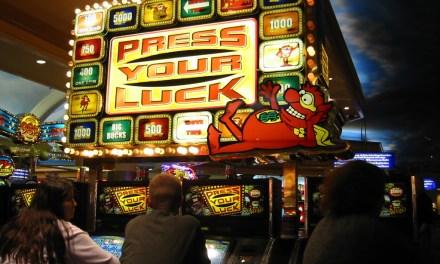 Gioco, Gioco Pubblico e Gioco d'azzardo