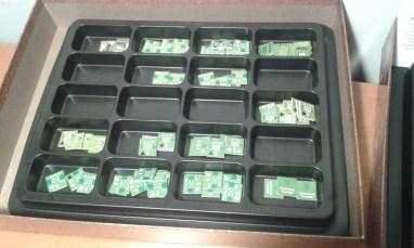Ho sistemato i counters in due contenitori come questo, ci stanno perfettamente nella scatola. Li trovate in vendita nella sezione accessori di molti negozi online.