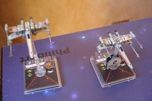 Squadra rossa! Due caccia X-Wing, non molto maneggevoli ma ben armati e equipaggiati di scudi.