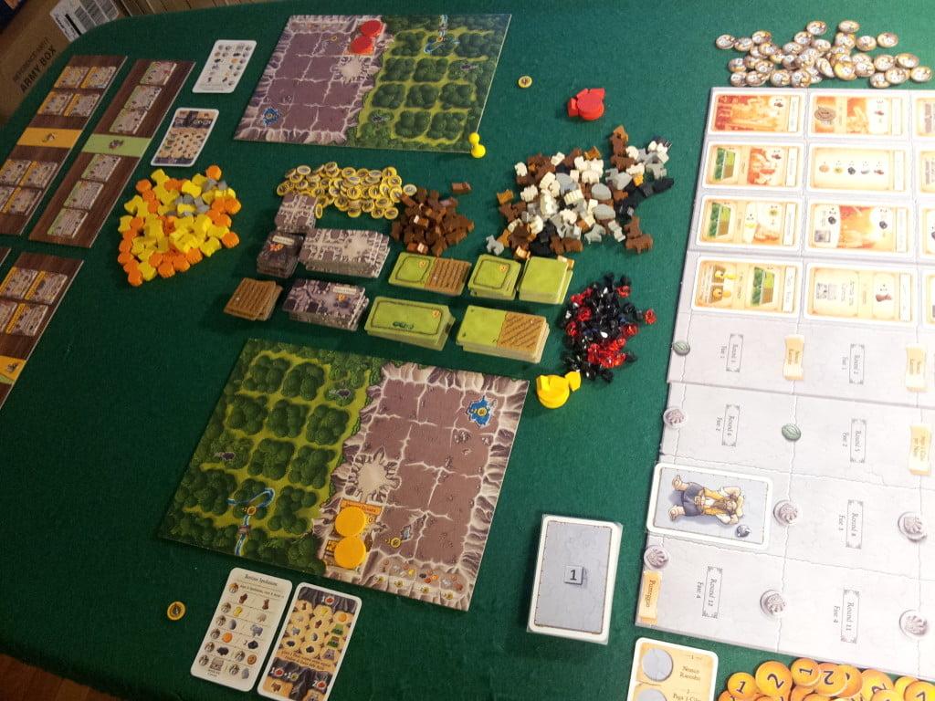 Inizio di una partita a due giocatori: belli e caldi i colori, un piacere per gli occhi.