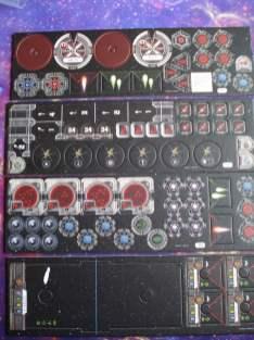 Sono inclusi parecchi counter, molti dei quali sfruttati nelle missioni incluse nella confezione.