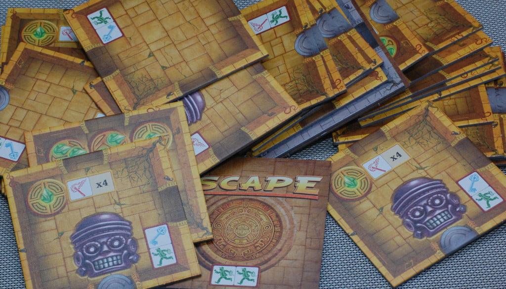 I tasselli stanza: fra gioco base ed espansione hanno il compito di dare longevità al gioco.
