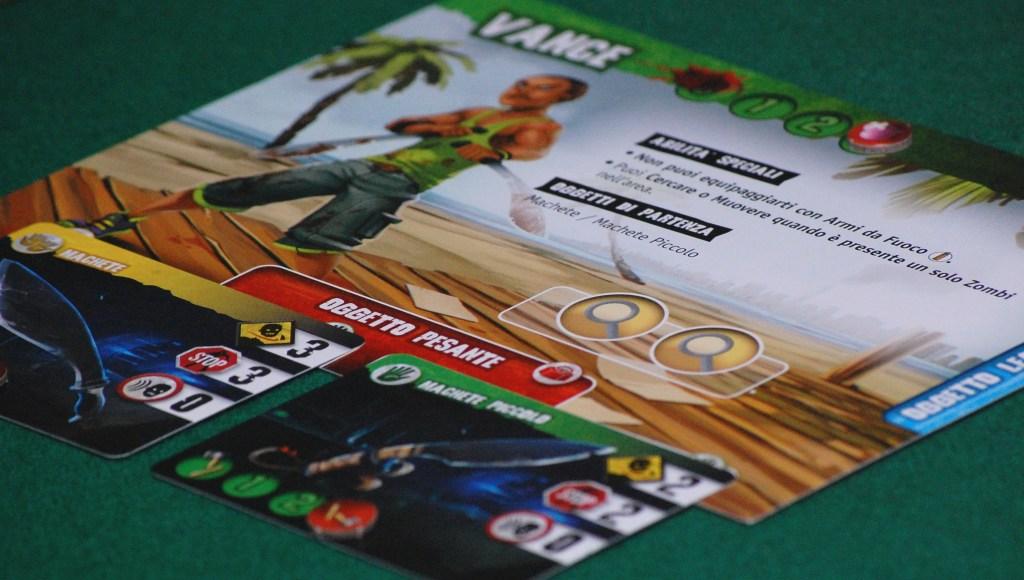"""Dettaglio di un personaggio """"Ready to fight"""" La scheda è di grande dimensione è i diversi colori sui bordi permettono di capire cosa può trasportare il personaggio"""