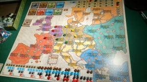 La mappa dell'Europa porta spesso i giocatori a contendersi immediatamente la zona centrale... la grafica di questa nuova edizione è davvero elegante.