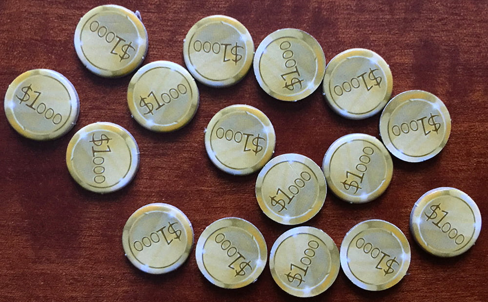 Le monetine che ogni giocatore ha a sua disposizione in una partita a 5: con un rilancio azzardato, si possono spendere quasi tutte in una sola mano!