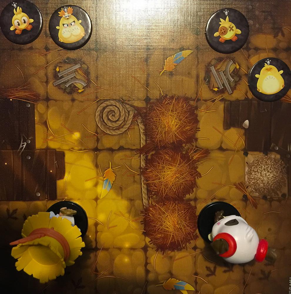 Ed eccoci entrati nel dongione: i nostri Krosmaster si schierano da un lato, dall'altro invece troviamo i mostri.