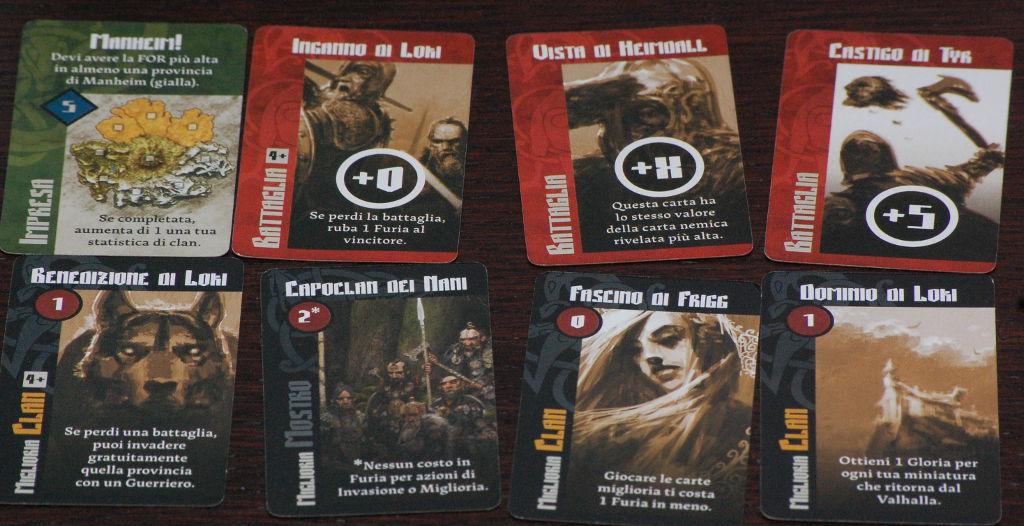 Il giocatore ha un dubbio: prendere subito una carta combattimento molto forte (in alto a sx), oppure prendere il re dei nani, un mostro molto forte sopratutto nella fase di crescita della tribù.