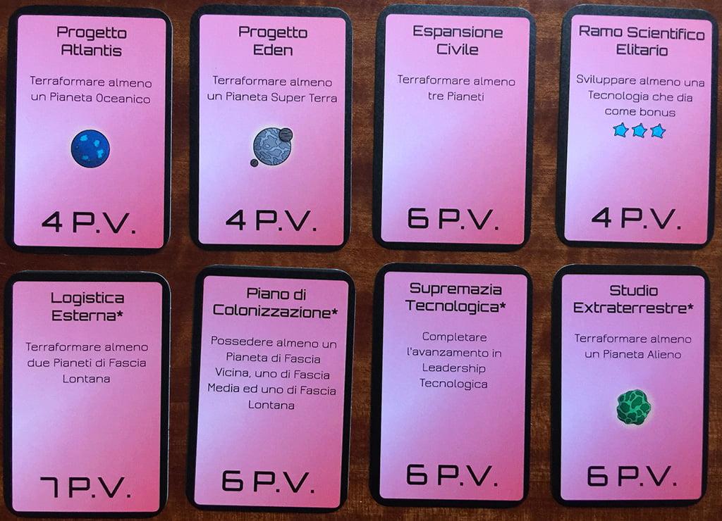 Alcuni esempi di carte obiettivo: in alto,