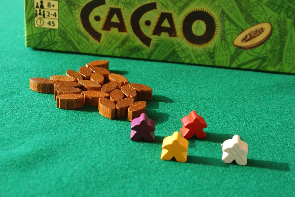 Portatori d'acqua e frutti del cacao